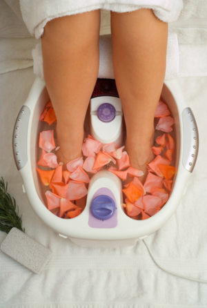 The Benefits Of Using A Foot Spa Bath Massager For